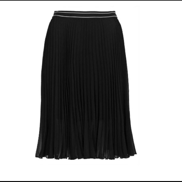 Top shop pleated skirt
